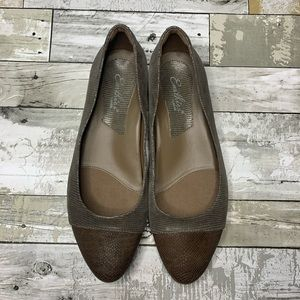Earthies size 12 leather flats Hanover grey
